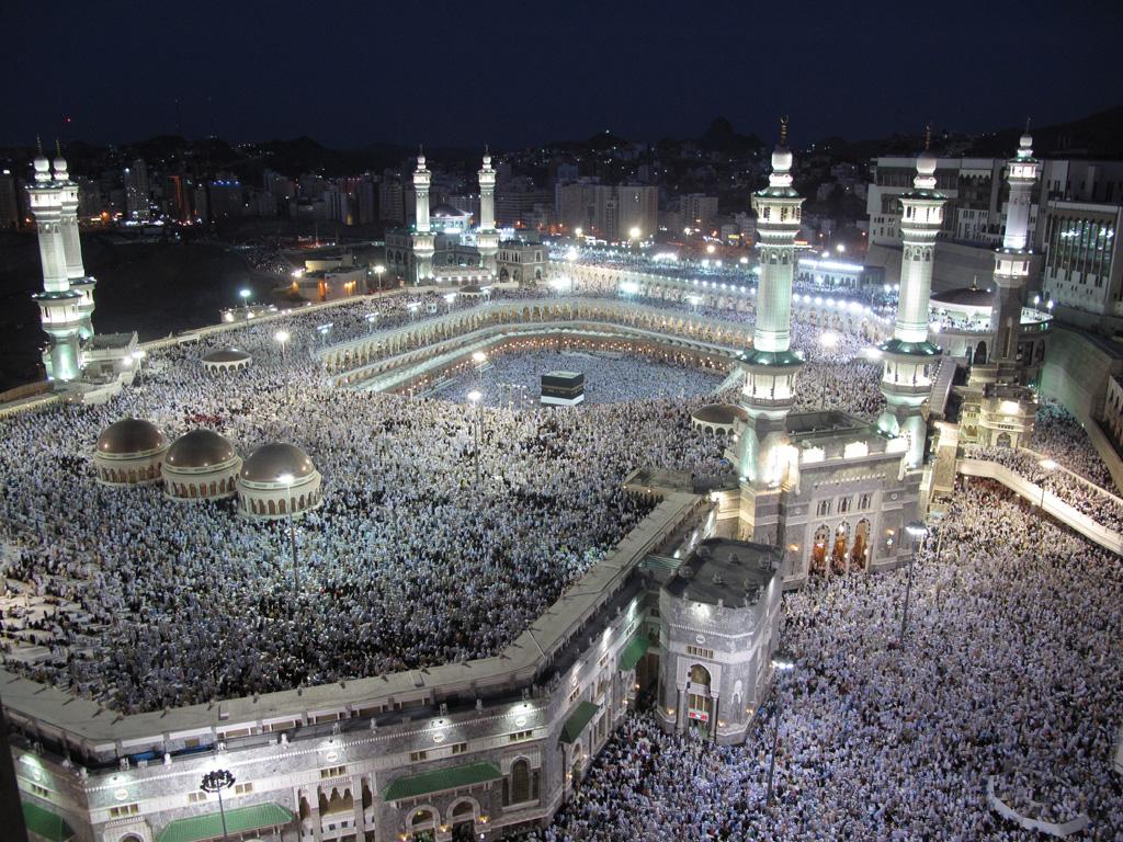 كيف تم بناء الكعبة من النبي صلى الله عليه وسلم ومراحل بناء الكعبة
