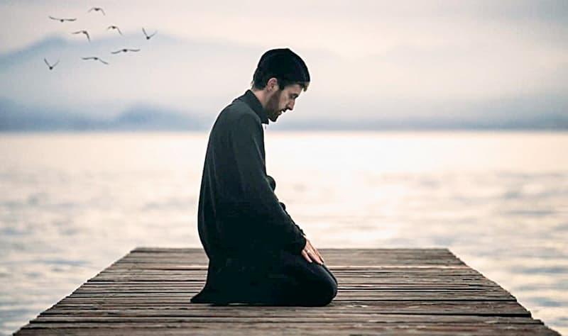 حكم تارك الصلاة في المذاهب الأربعة